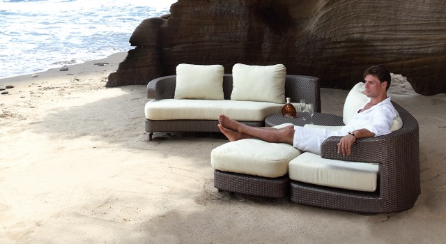 Embrace-Sectional
