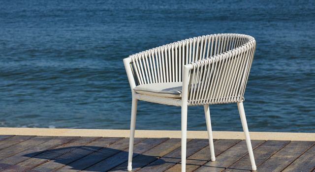 Muses-chair-2